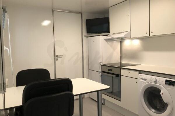 Luksus beboelsesvogn med køkken til ansatte